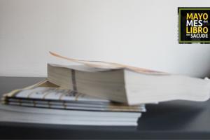 foto mes del libro