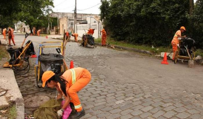 Limpieza en calle Gobernador Viana
