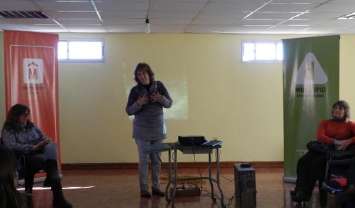 Elena Ponte de la Secretaría de la Mujer IM