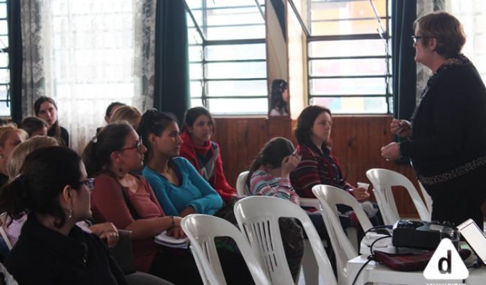 Taller de Primera Infancia en el Club Las Acacias