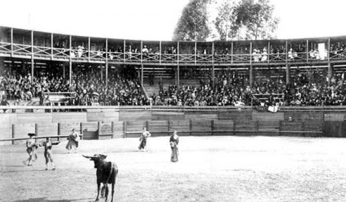 Plaza de toros. Año 1896 (Foto 569b FMH.CMDF.IMM.UY)