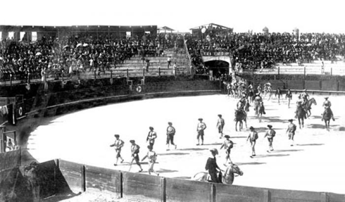 Plaza de toros. Año 1896 (Foto 597b FMH.CMDF.IMM.UY)