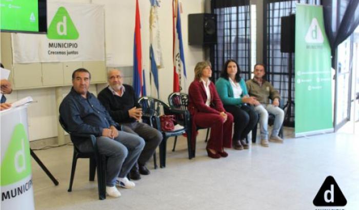 Gobierno Municipal (Sandra Nedov, Daniel Fagúndez, José Luis Machado, Carolina Murphy y Nestor Paipó)